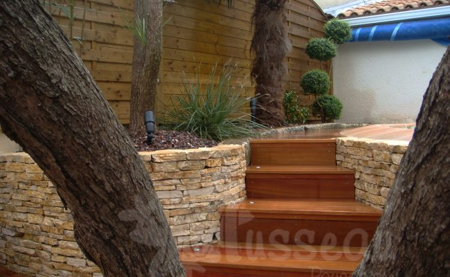 Muret et terrasse de jardin